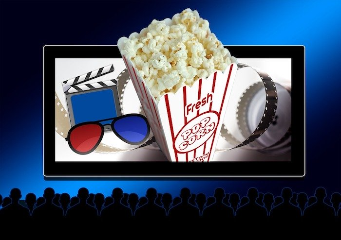 Some benefits of watching movies online